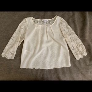 3/4 lace sleeves top
